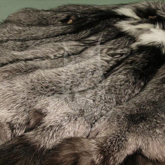 Шкурки лисицы выделанные (Серебристо-чёрная)